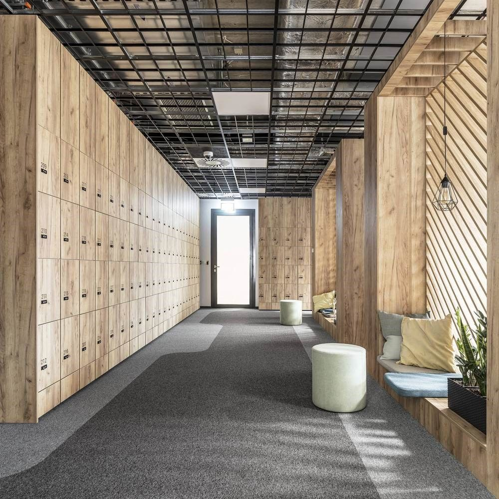 Entrada a oficinas de estilo contemporáneo, nórdico industrial por Metaforma