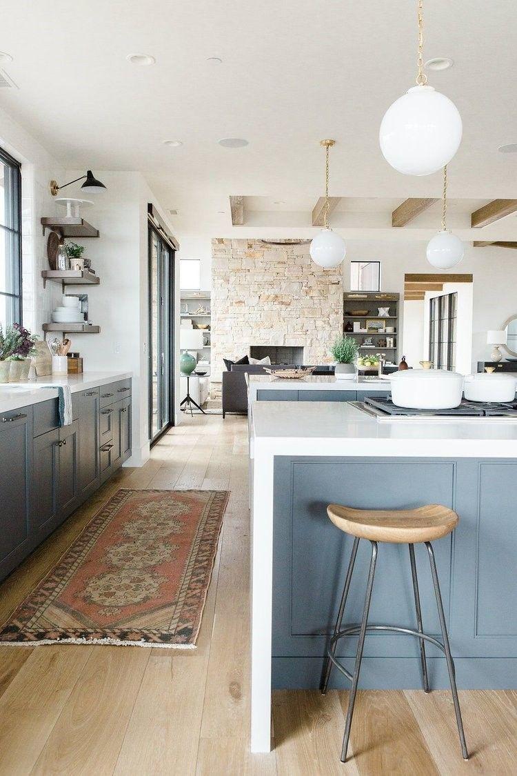 Detalle de cocina de estilo farmhouse moderno o de clásico renovado