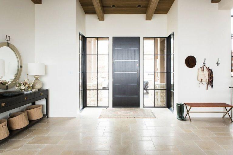 Una vivienda reformada de estilo farmhouse moderno, acogedora, cálida y funcional por el estudio MCGee