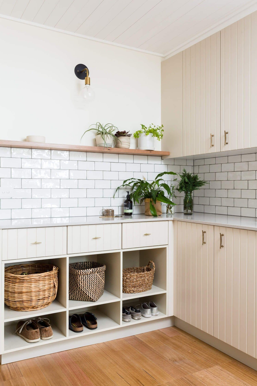 Entrada a cocina de estilo farmhouse moderno en Melbourne @Utrillanais
