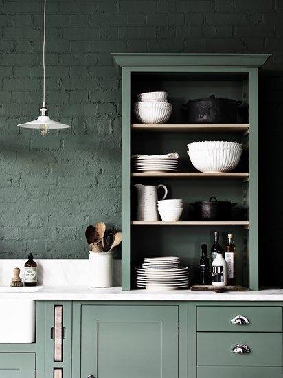 Cocina de estilo shaker en verde intenso de Neptune