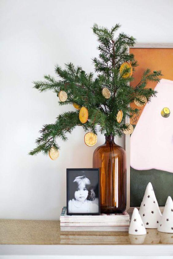 Adornos diy para Navidad, guirnalda hecha a partir de mandarina o limón @Utrillanais
