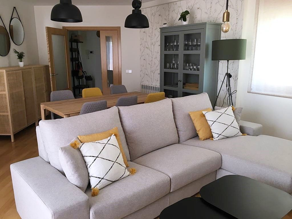 Después de proyecto de diseño e interiorismo en 3D para vivienda en Ciudad Real, la zona de salón comedor , estilo kinfolk por Ana Utrilla @Utrillanais