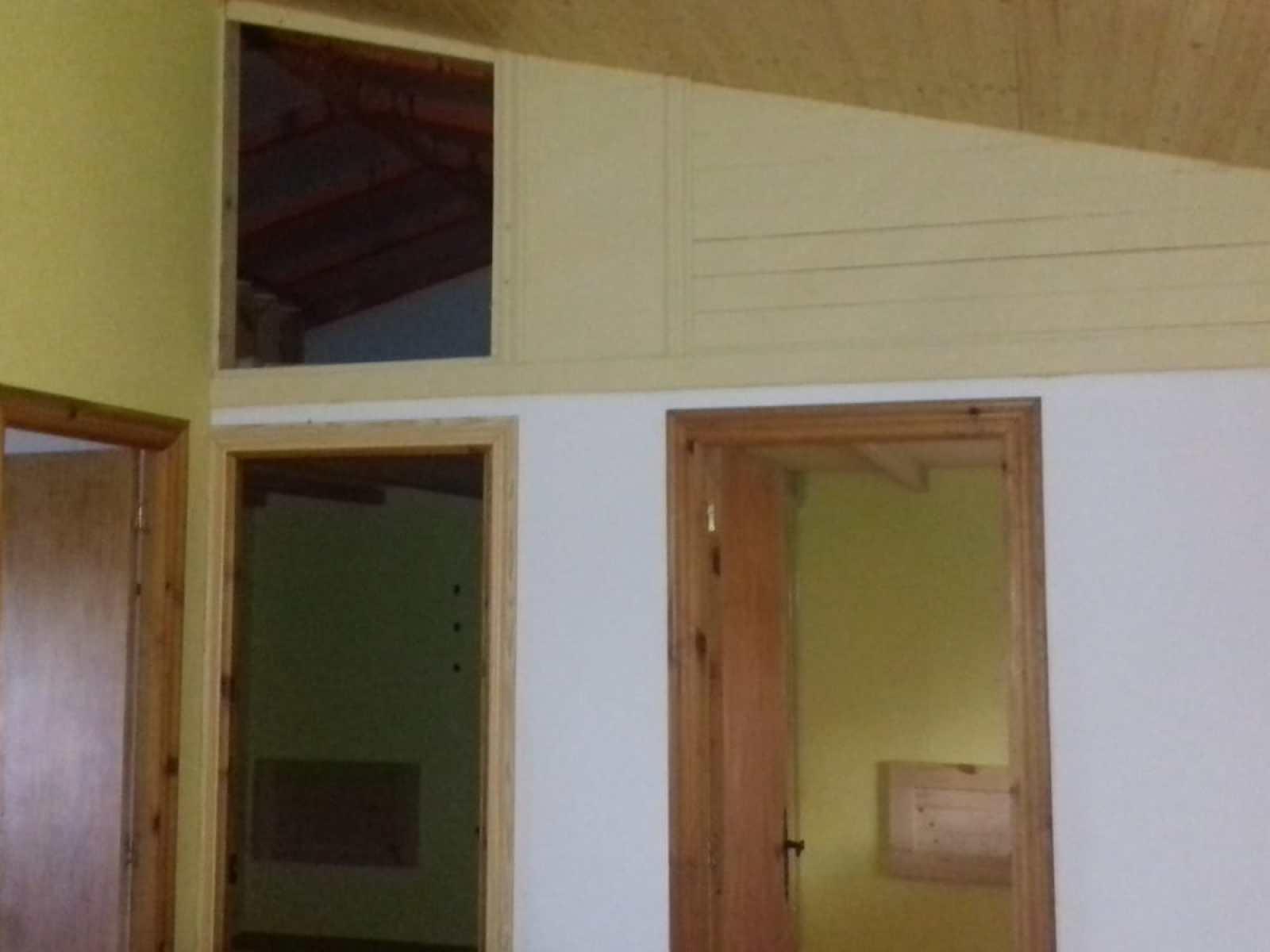 Estado inicial del alojamiento turístico rural en Santander. Antes del proyecto de diseño e interiorismo 3D para alojamientos turísticos en entornos naturales, rurales, de estilo farmhouse @Utrillanais