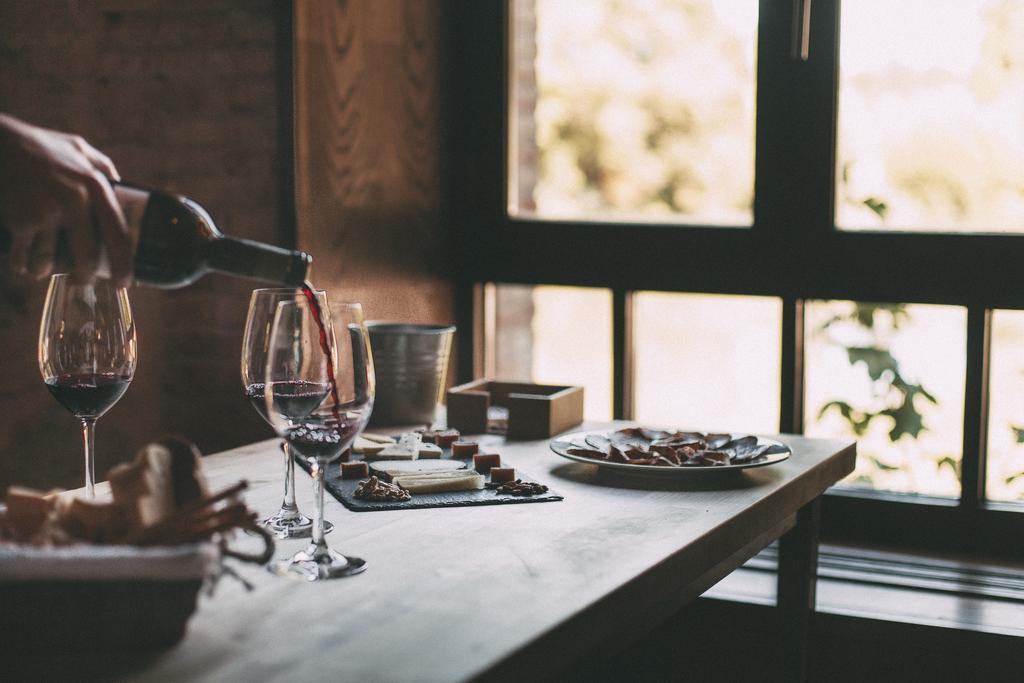 Enoturismo, catas de vino en el hotel Fuente Aceña, Quintanilla de Onésimo, Valladolid. Que busca el turista rural, diferenciación y ofertas especializadas #Turismorural #SlowLife #~SlowInteriordesign #AnaUtrillaInteriorismo @Utrillanais