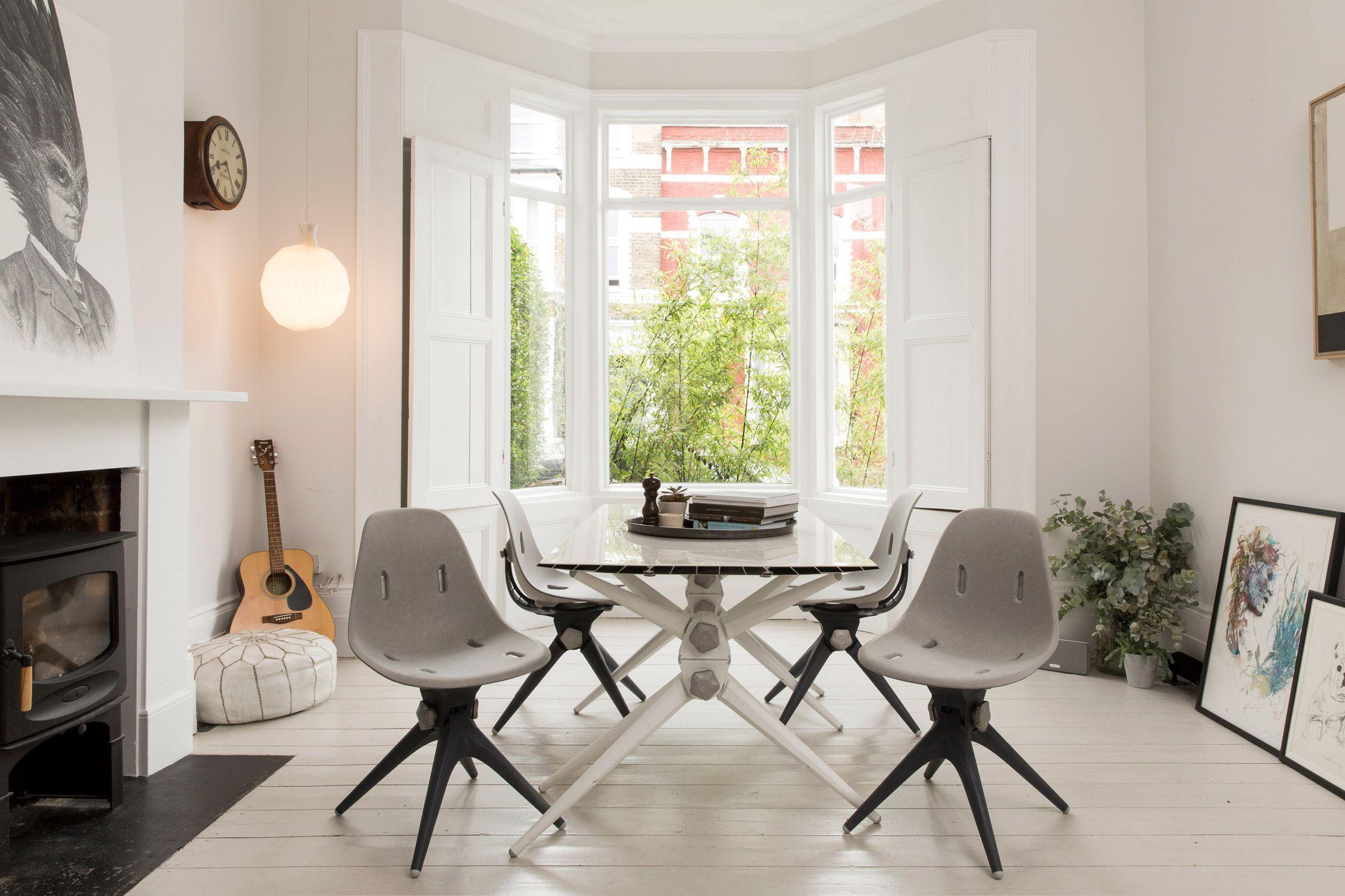 Espacio de salón comedor con mobiliario sostenible de la firma Pentatonic, tendencia en diseño e interiorismo 2020 @Utrillanais