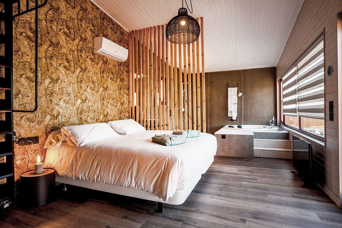 Casa rural con encanto, Nidos de Carnota, habitaciones especializadas para estancias romáticas, para parejas de estilo moderno #Interiorismocomoestrategia #hacermasrentable #tualojamiento #Anautrillainteriorismo @utrillanais