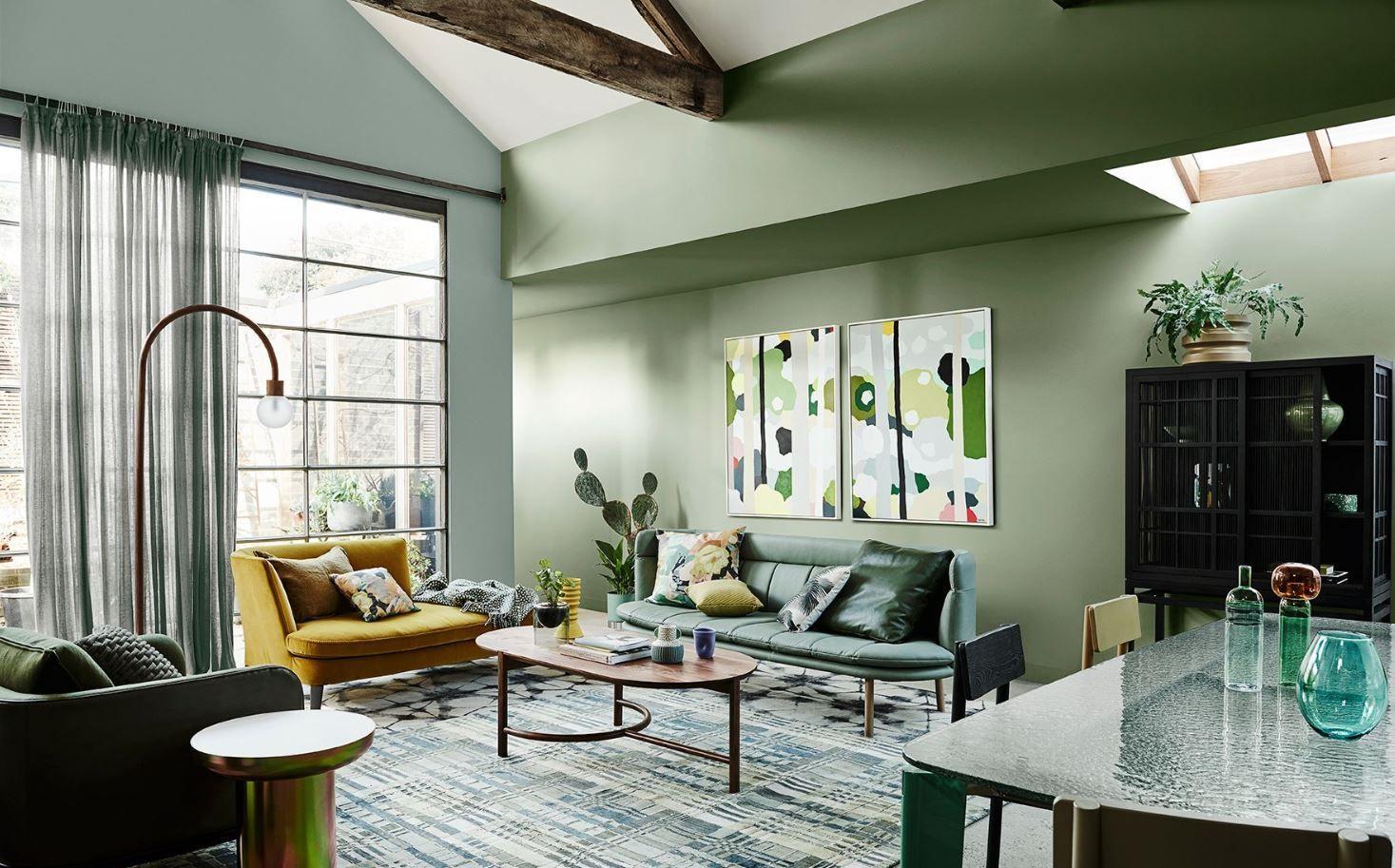 Salón comedor de estilo moderno contemporáneo de tonos verdes, colores en tendencias 2020, cómo combinar con tu decoración de interiores #anautrillainteriorismo @utrillanais