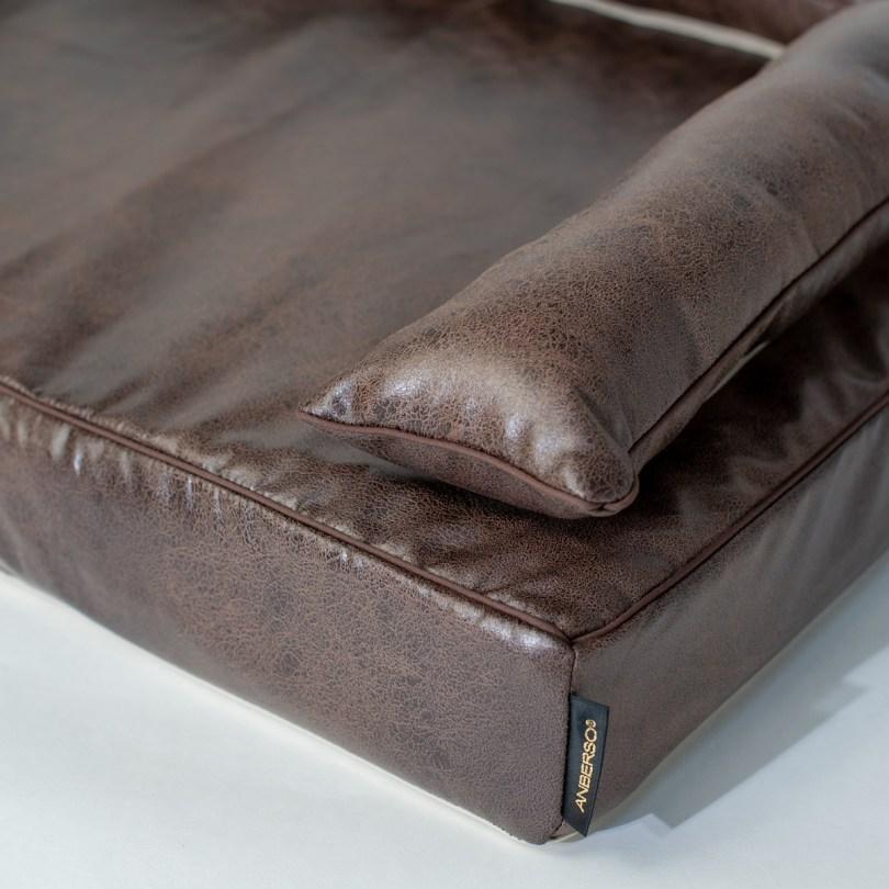 クッション付きベッドカバー:ドマーニ|犬のベッド:アンベルソ