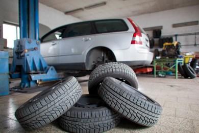 A&C Auto Center Tire Change