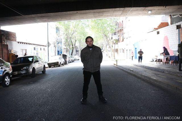 Feria Heavy Metal. Sergio Mignore (alias Gito), autor del libro Cultura Mediatica 2. Fotos Florencia Ferioli / ANCCOM