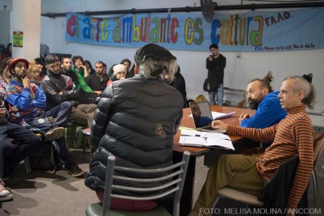 Asamblea artistas callejeros - CTA - Foto: Melisa Molina /Anccom