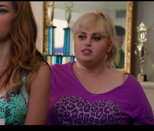 Naked Alexis Knapp In Pitch Perfect