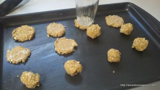 Double Cruncher Sandwich Cookies