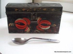 Vera Anderson tin box