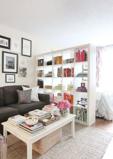 Amazing Ideas Decorating Studio Apartment 43