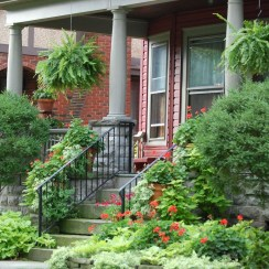 Beautiful Flower Garden for Your Front Yard 03
