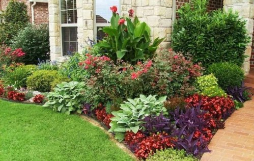 Beautiful Flower Garden for Your Front Yard 10