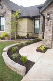 Beautiful Front Yard Landscaping Ideas On A Budget 66