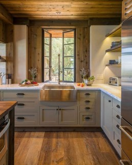Best DIY Farmhouse Kitchen Decorating Ideas 14