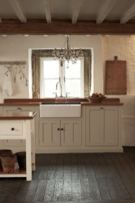 Best DIY Farmhouse Kitchen Decorating Ideas 27