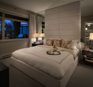 Best Design Small bedroom that Maximizes Style and Efficiency 13