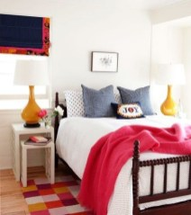 Best Design Small bedroom that Maximizes Style and Efficiency 16
