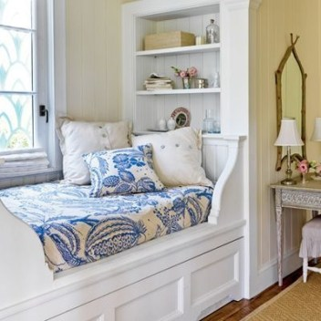 Best Design Small bedroom that Maximizes Style and Efficiency 24