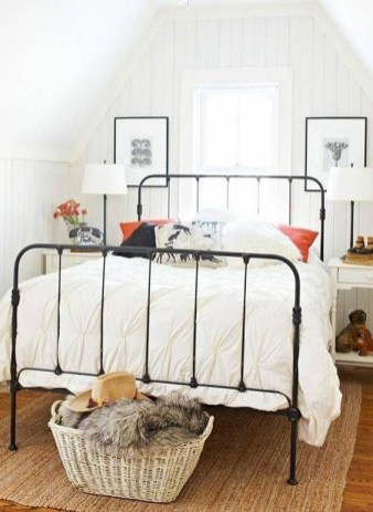 Best Design Small bedroom that Maximizes Style and Efficiency 48