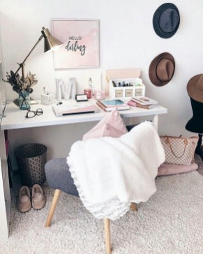 Bohemian Office Decor Inspiration 25