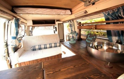 Brilliant Camper Van Conversion for Perfect Outdoor Experience 36