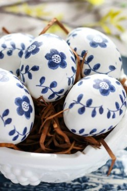 Brilliant DIY Egg Decorating Ideas 49