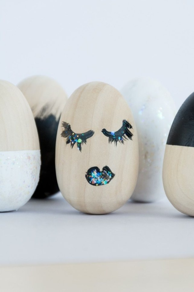 Brilliant DIY Egg Decorating Ideas 53
