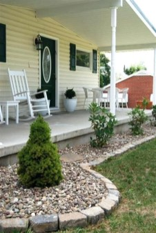 Cheap Front Yard Landscaping Ideas 07