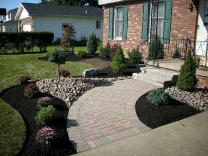 Cheap Front Yard Landscaping Ideas 18