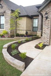 Cheap Front Yard Landscaping Ideas 27