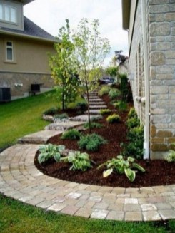 Cheap Front Yard Landscaping Ideas 31