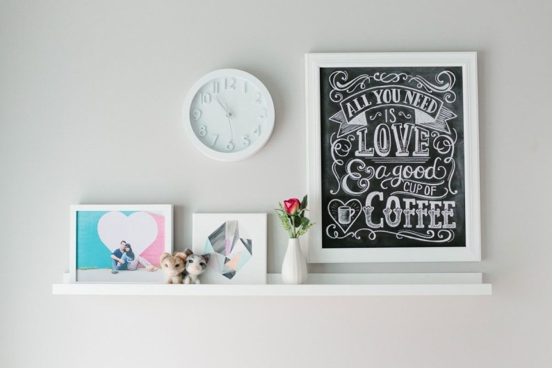 Clever DIY Home Décor to Upgrade your Apartment 48
