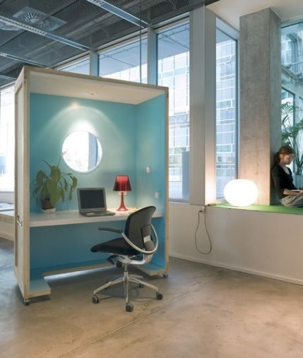 Cubicle Workspace Decorating Ideas 08