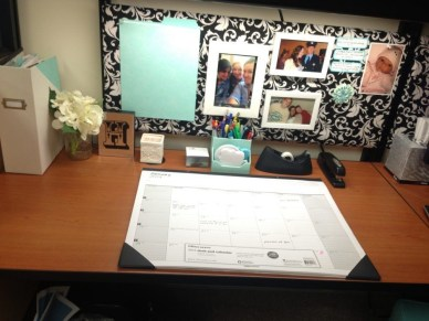 Cubicle Workspace Decorating Ideas 11