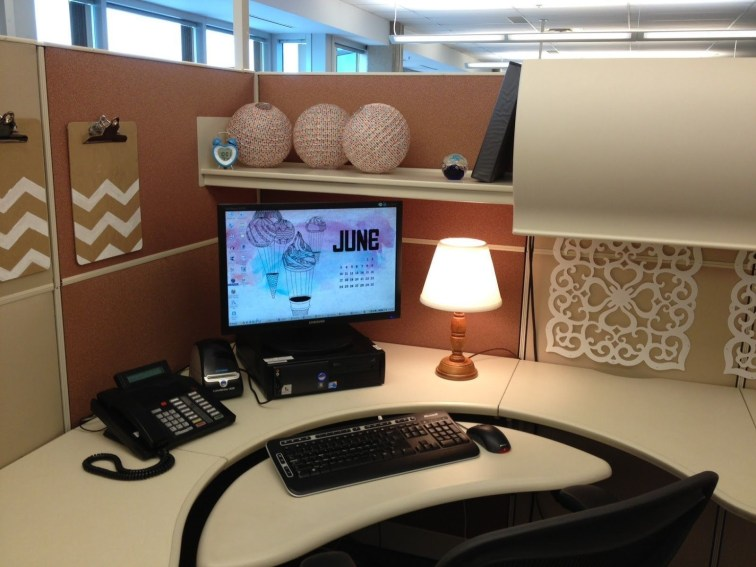 Cubicle Workspace Decorating Ideas 16
