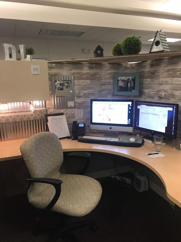 Cubicle Workspace Decorating Ideas 36