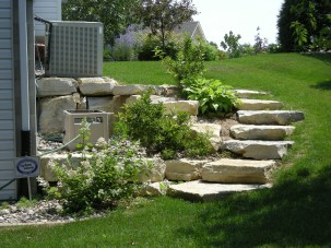 Examples Landscaping Ideas You can Put in House Page 38