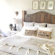 Outstanding Rustic Master Bedroom Decorating Ideas 28