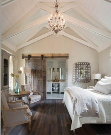 Outstanding Rustic Master Bedroom Decorating Ideas 43