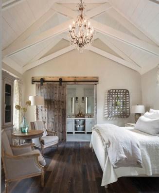 Outstanding Rustic Master Bedroom Decorating Ideas 43