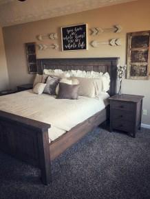 Outstanding Rustic Master Bedroom Decorating Ideas 46