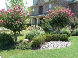 Simple But Beautiful Front Yard Landscaping Ideas 22