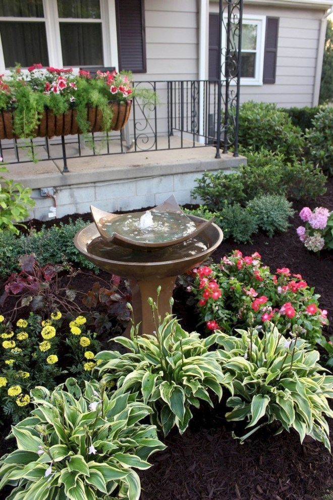 Simple But Beautiful Front Yard Landscaping Ideas 37