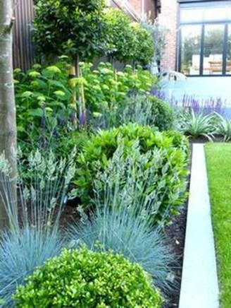 Small Garden Design Ideas With Awesome Design 17